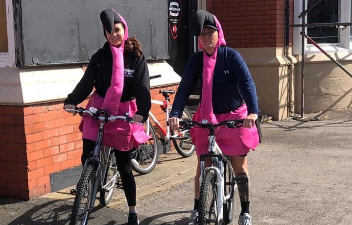 Jodie and Stefi begin their 100 mile flamingo gofundme challenge